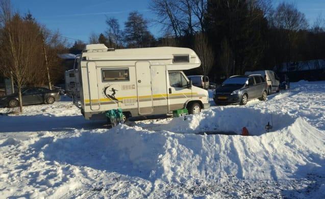 Compacte, complete en comfortabele 4-persoons Peugeot camper