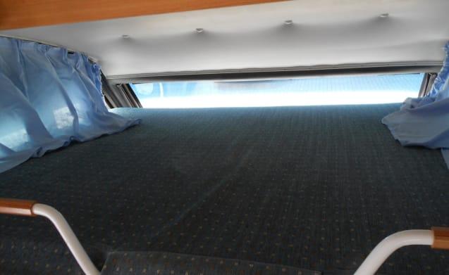 Globetrotter I5832 – in affitto bello e camper compatto