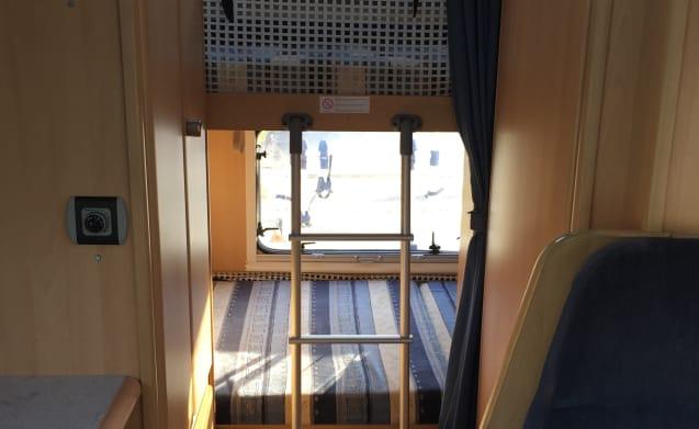 Complete Luxe 6-persoons camper met stapelbed!