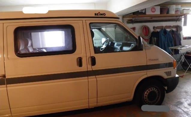 GATTEO – Volkswagen Westfalia REIMO Arkdesign