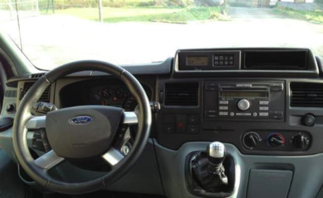 Ford Nugget – Ford Nugget with diesel engine
