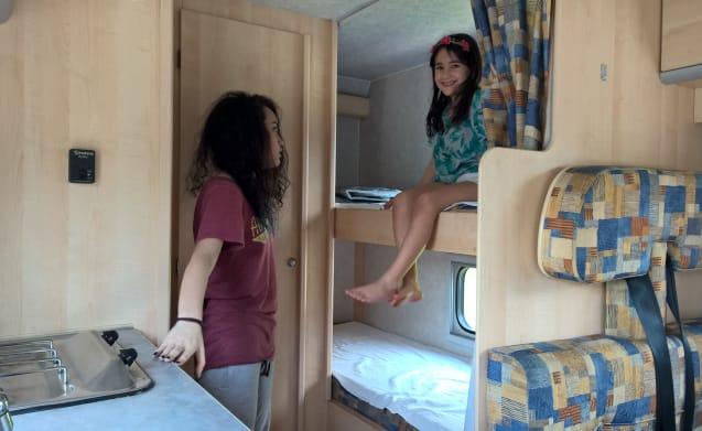 6-seat camper rental