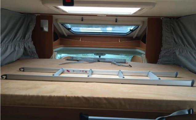 Super Carado – Beautiful Half Integral with 4 sleeping places - 2013