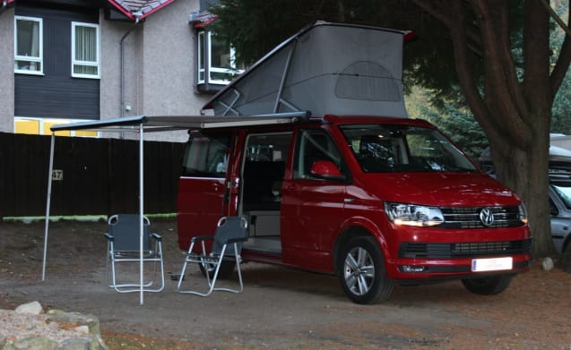 4 Berth Campervan – VW California 4 Berth Automatic Campervan