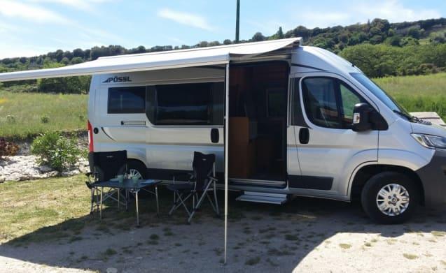 La Vespa – Pössl 2Win Plus - op Sardinië