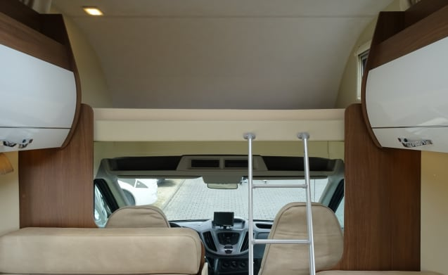 Beautiful Roller Team Camper (A01) fully equipped