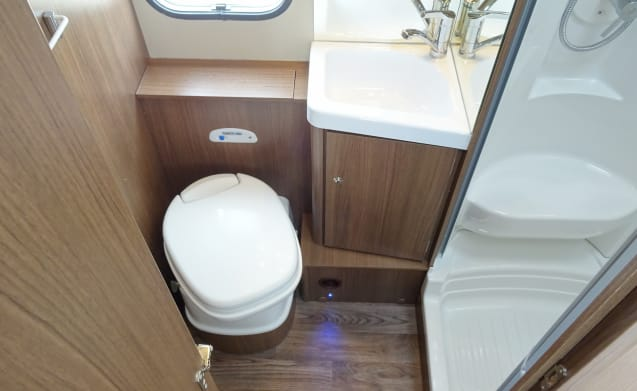 Delicious Roller Team Camper (A02), equipped with all modern conveniences