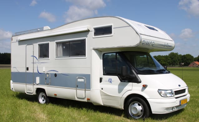Super Brig 678 (2) – Nice Super Brig 678 (2) camper for 7 people