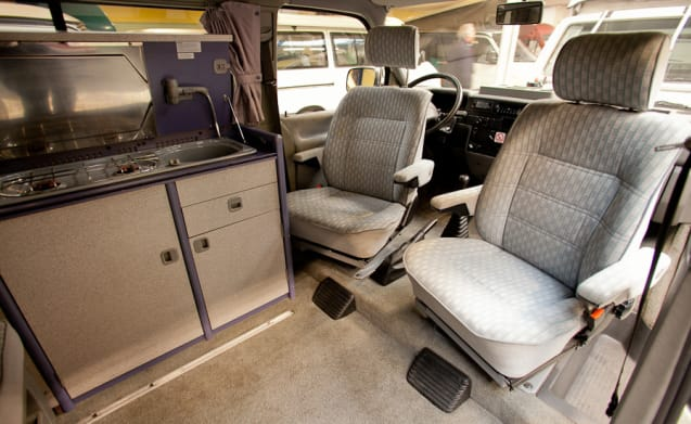 VW T4 with fixed overhead roof, for adventurous families!