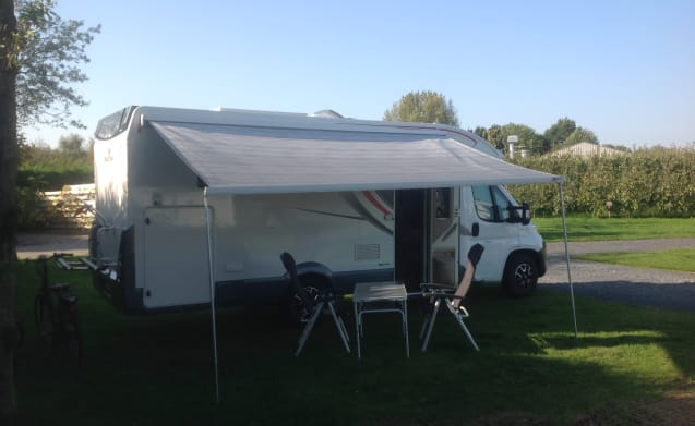 Recent family mobile home with rich equipment and all modern comfort