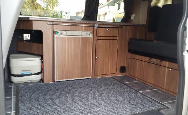 Karl – Volkswagen T5 Campervan