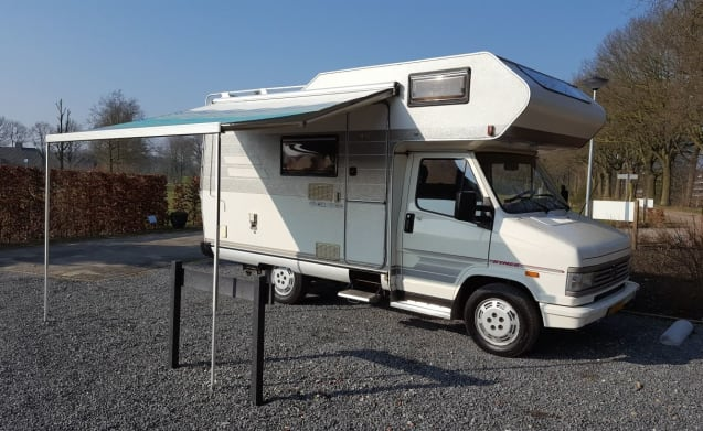 Classic Hymer camper for 4 people
