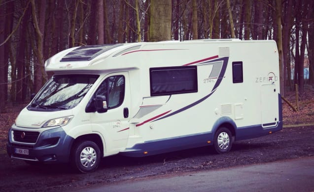 Luxury Mobilhome 7 persons, ALL-IN concept, Zefiro 2