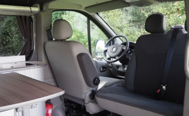 Mats – Luxury 2 person camper