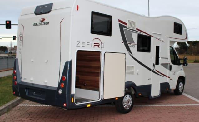 Zefiro 285  – Zefiro 285 Fiat Roller Team