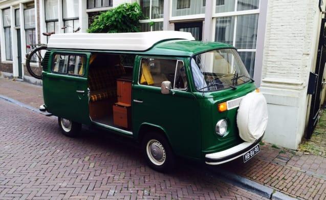 Charming Volkswagen T2 camper van from 1974