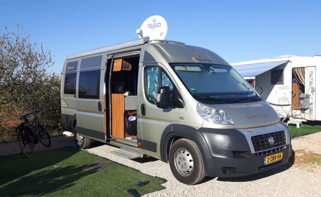 Reliable, neat and complete camper