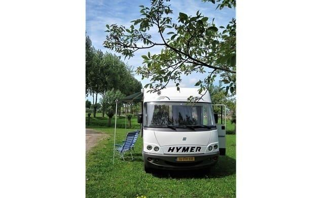 Hymer camper 5 person