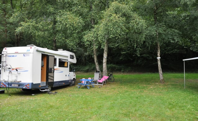 Decent, spacious and cozy family mobile home