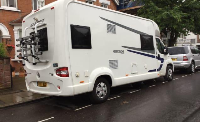 Beego – 6 Berth 2017 Swift Escape 685 Motorhome