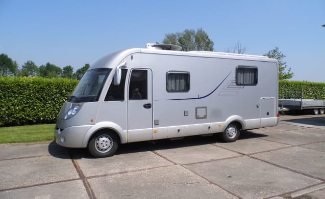 Luxury and complete Hymer, ready for your vacation