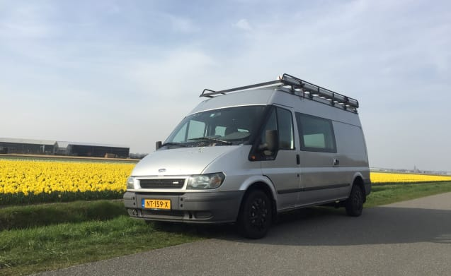 Comfortable spacious cozy Ford Transit camper with Airco!