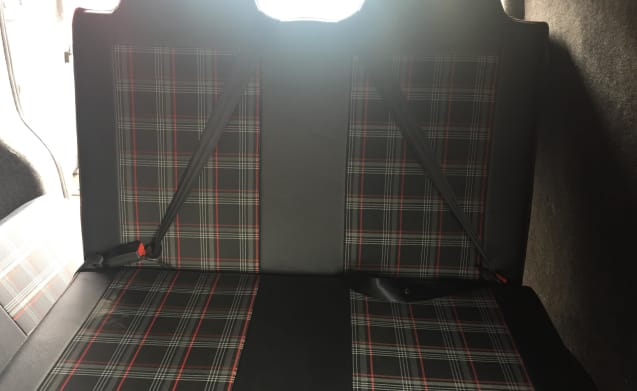 VIN JIFFY – T5.1  campervan hire now available