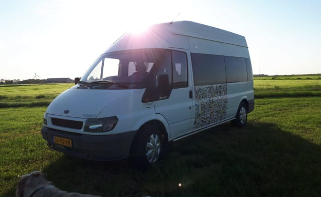 De Snelle Jelle; very nice 3 person Ford Transit camper