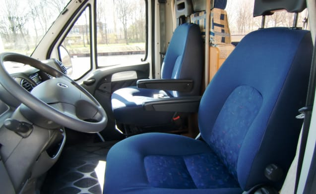 Sunroller – 6 to 7 Persons, Fiat Ducato 2.8 Diesel, KM FREE, 55.221 KM walked