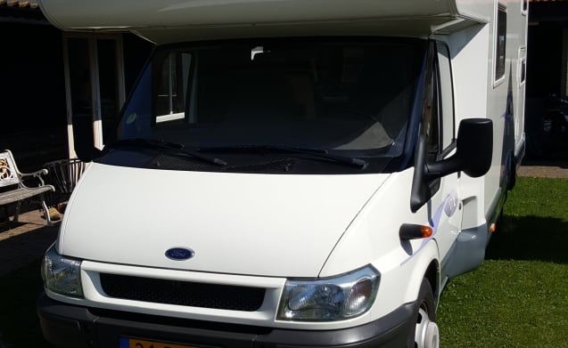 Ruime 7 persoons alkoof familie camper