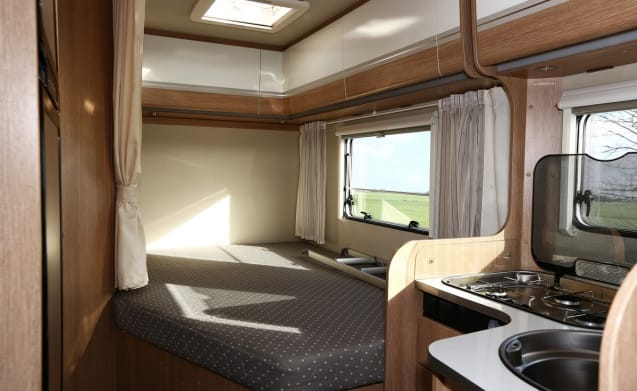 SUNLIGHT T64 Luxury 4 person camper from 2015