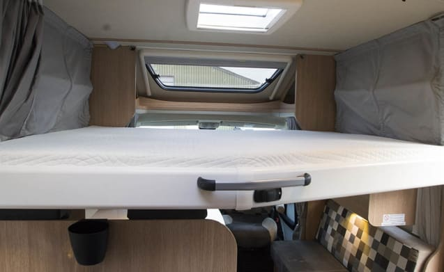Sunlight - T67 - Luxury 4 person camper from 2018