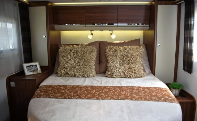 ADRIA CORAL LAST MINUTE OFFER FOR 25-5 TO 8-6.