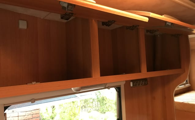 mc louis – Family Camper with bunk bed