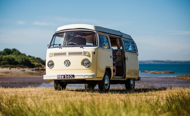 Daisy –  A stunning Classic VW Camper for hire in South West Scotland
