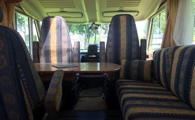 Very nice hymer b584 motorhome with automatic transmission
