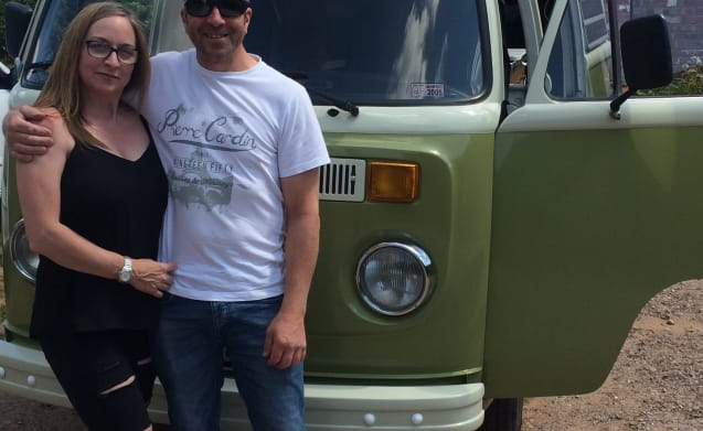 Dave – Classic VW Bay Window Glamper Van in North Wales
