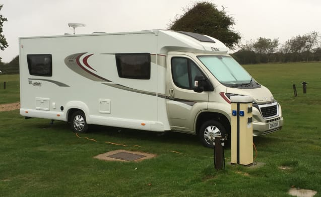 Hire My Luxurious 2018 Eldiss 195 4 Berth Motorhome