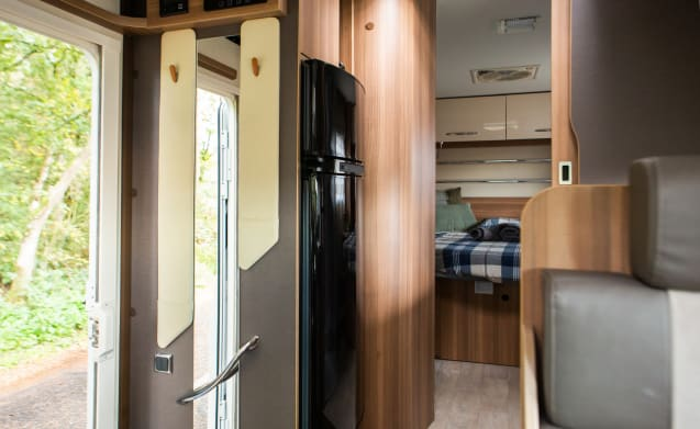 Chausson limited edition with xxl queen bed a large garage.