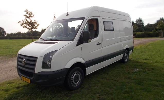 VW Crafter Bus camper with fixed bed
