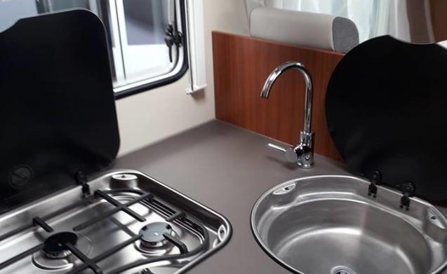 Hymer, Etrusco QB7400 camper - No KM levy VA 3 settimane di noleggio