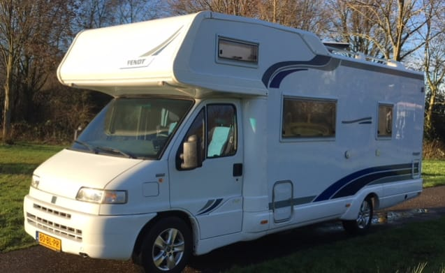 Beautiful spacious Fendt camper for rent.