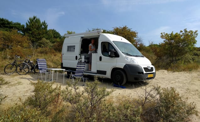 A beautiful double bus camper for a guaranteed nice holiday
