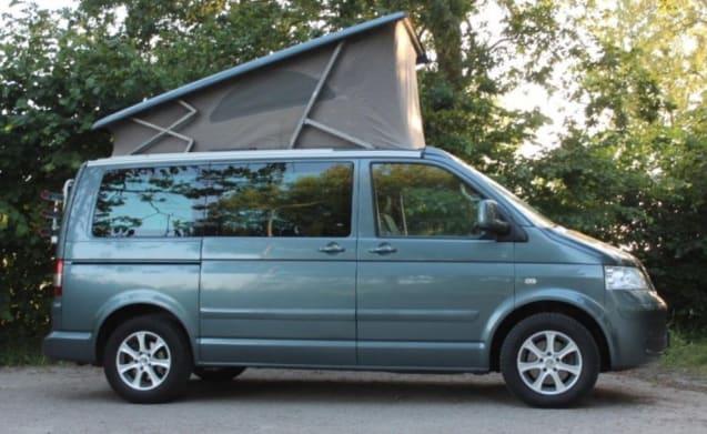 Offroadgrey – Anthracite gray compact Volkswagen T5 California - mileage-free