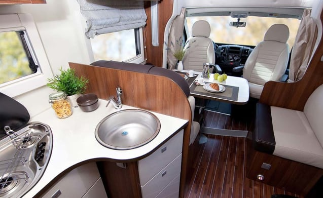 Young, cozy, spacious family motorhome