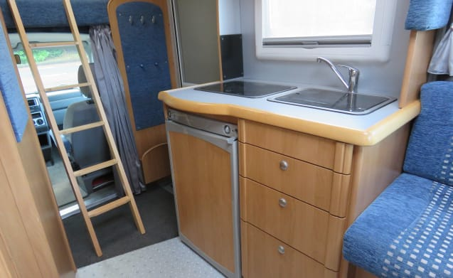 Colorado Edition – Very neat family camper ideal with children