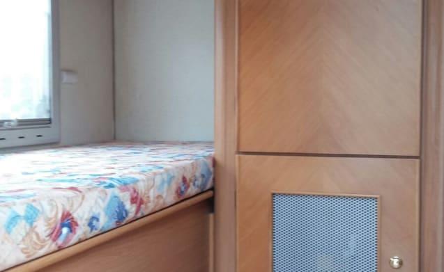 Top-drive 680 furniture rental