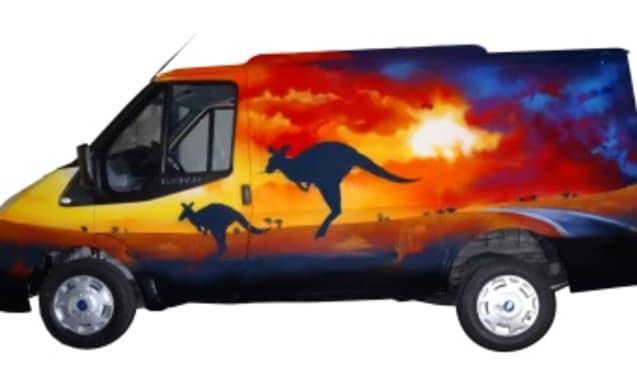 AUSTRALIA – Do not be a boring camper!