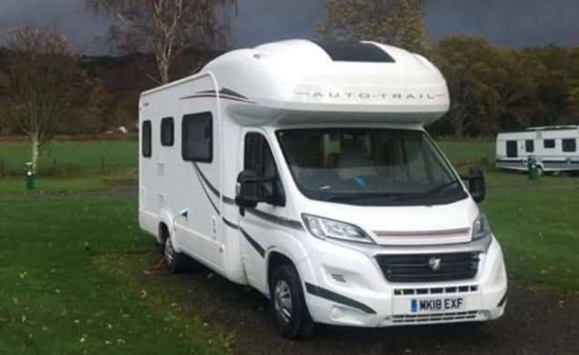 Tribute T726 4-6 Berth Motorhome with free unlimited WiFi