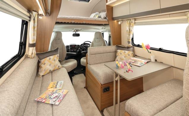 Autotrail Tribute 615 Luxury Compact Motorhome